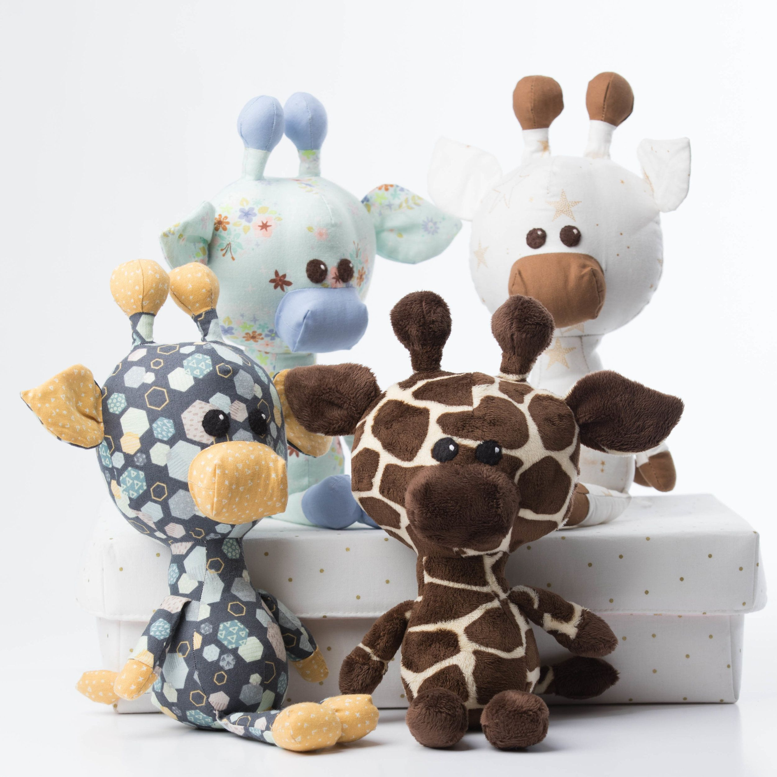 Rasen The Giraffe PDF Sewing Pattern