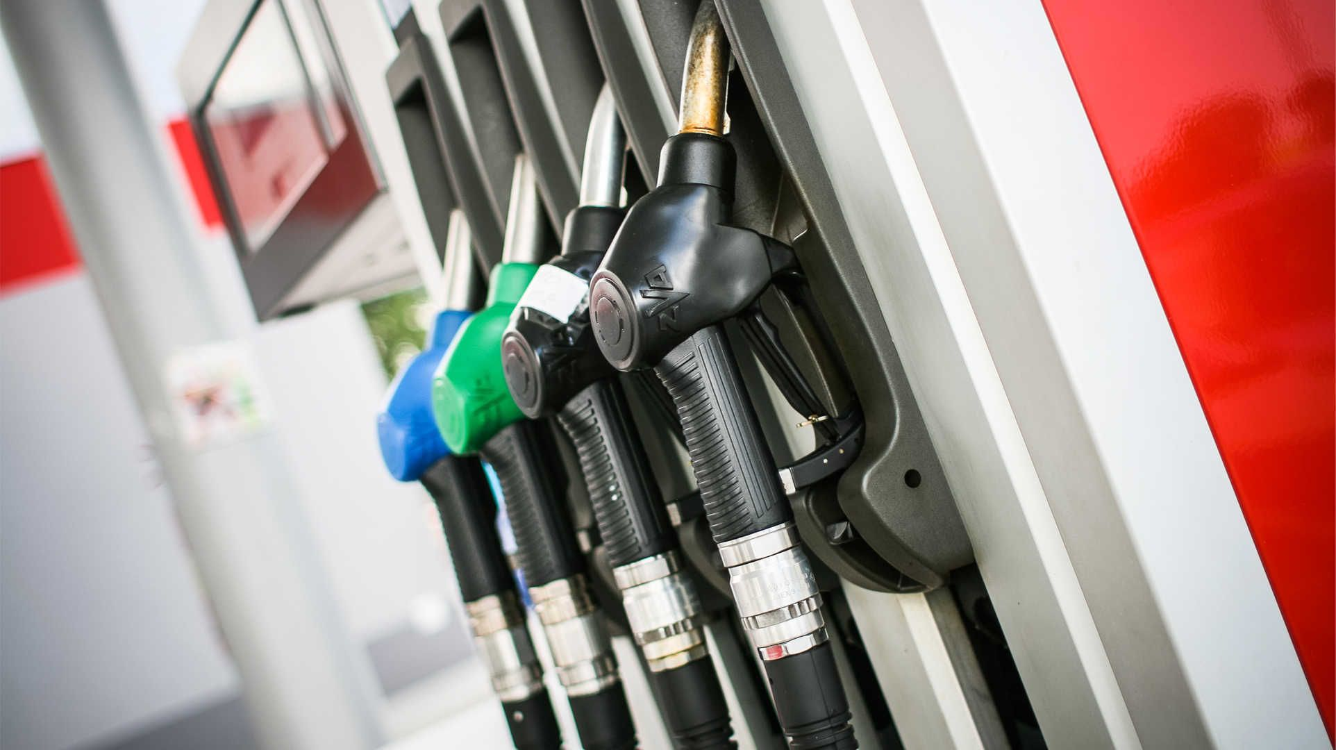 Fuel Near Me >> Gas Station Near Me Hd Wallpaper Wallpapers Fuel Prices
