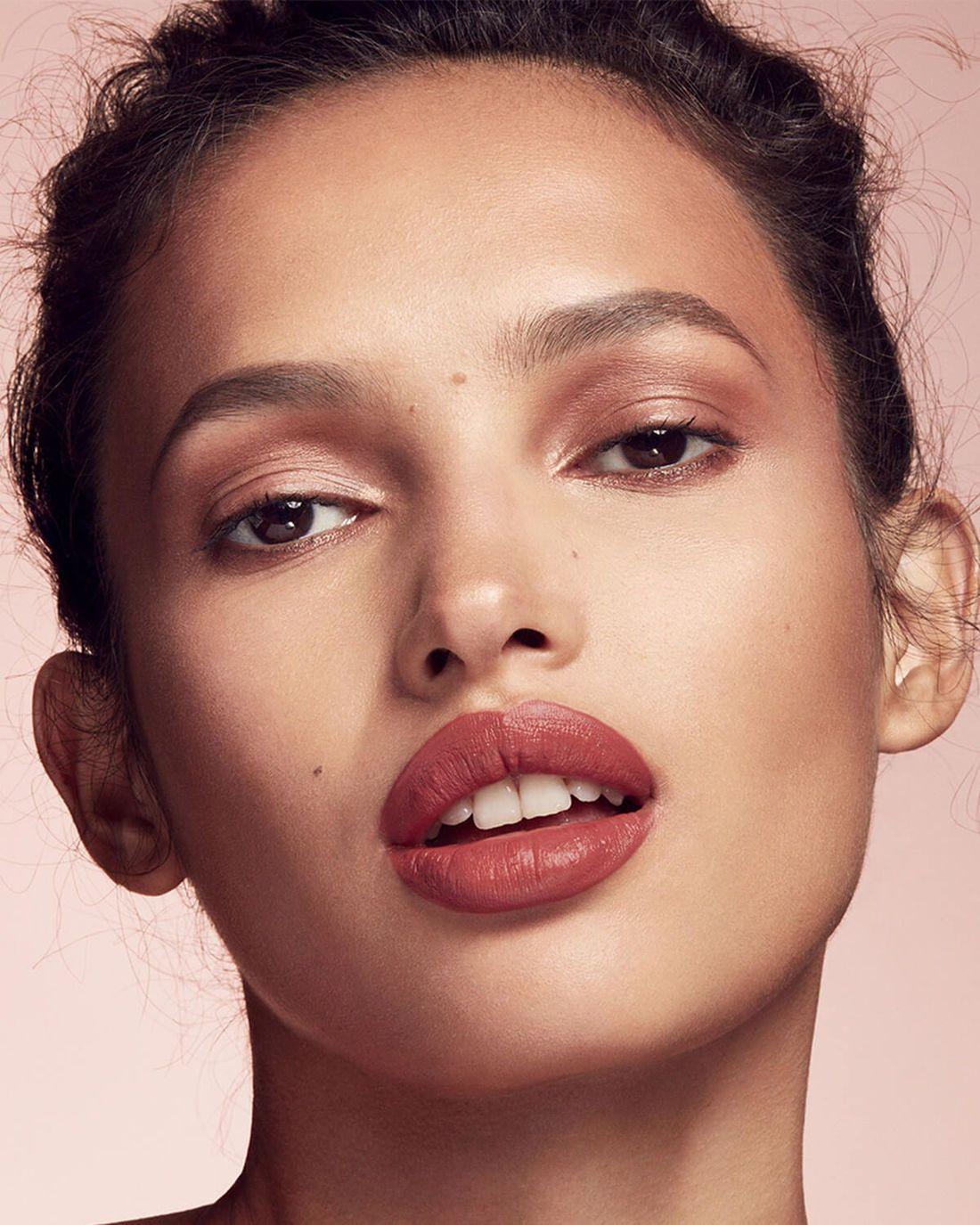 Mattemoiselle plush matte lipstick Makeup brush set