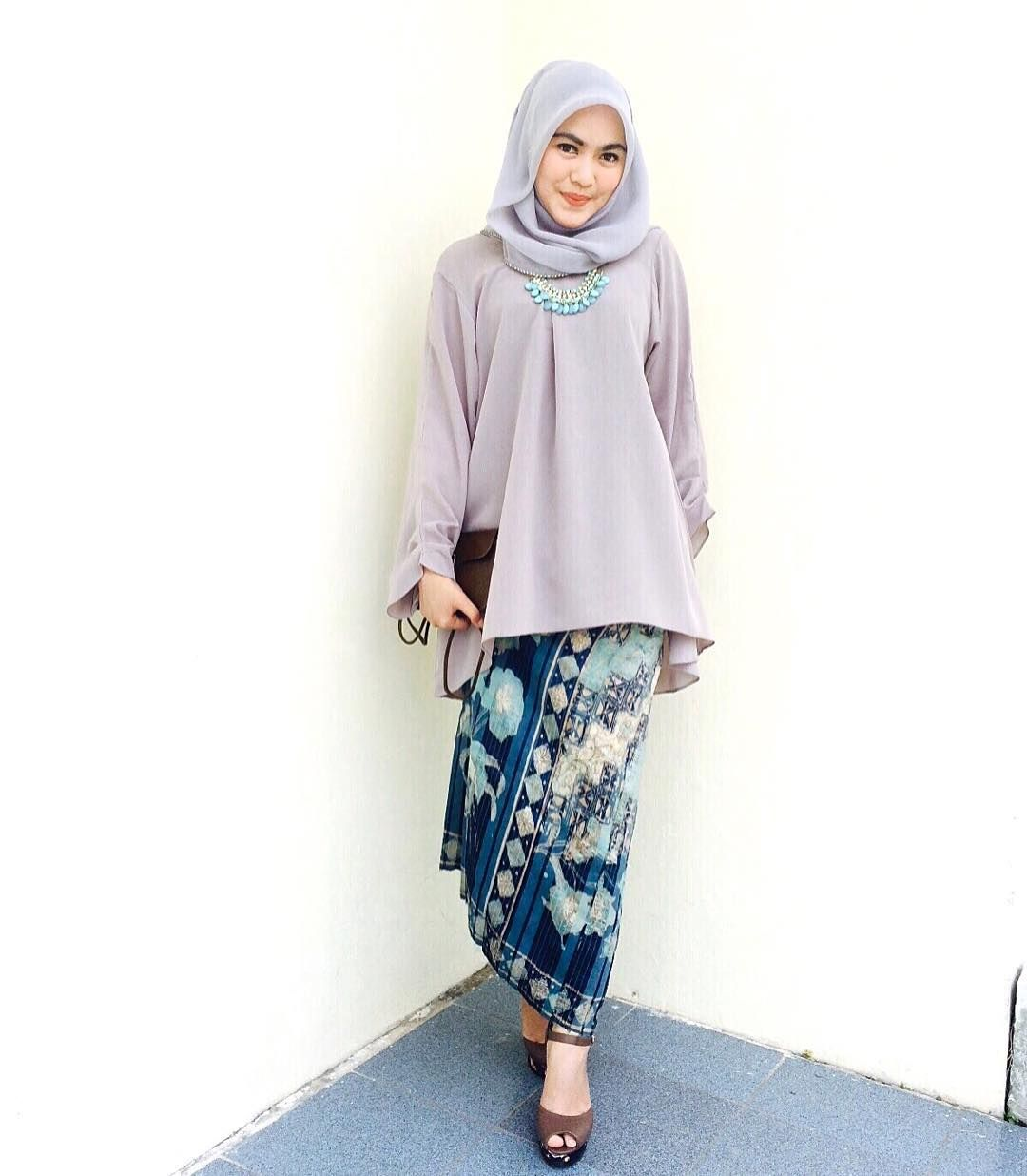Baju Kebaya Bawahan Batik: Pin By Hasna Uswatun Nisa On Kondangan Hijab