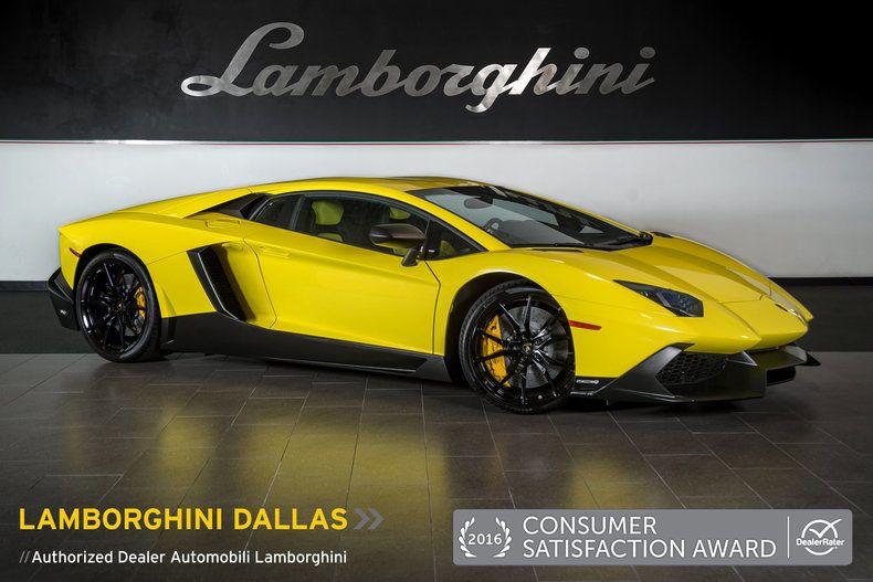 2014 Lamborghini Veneno Engine