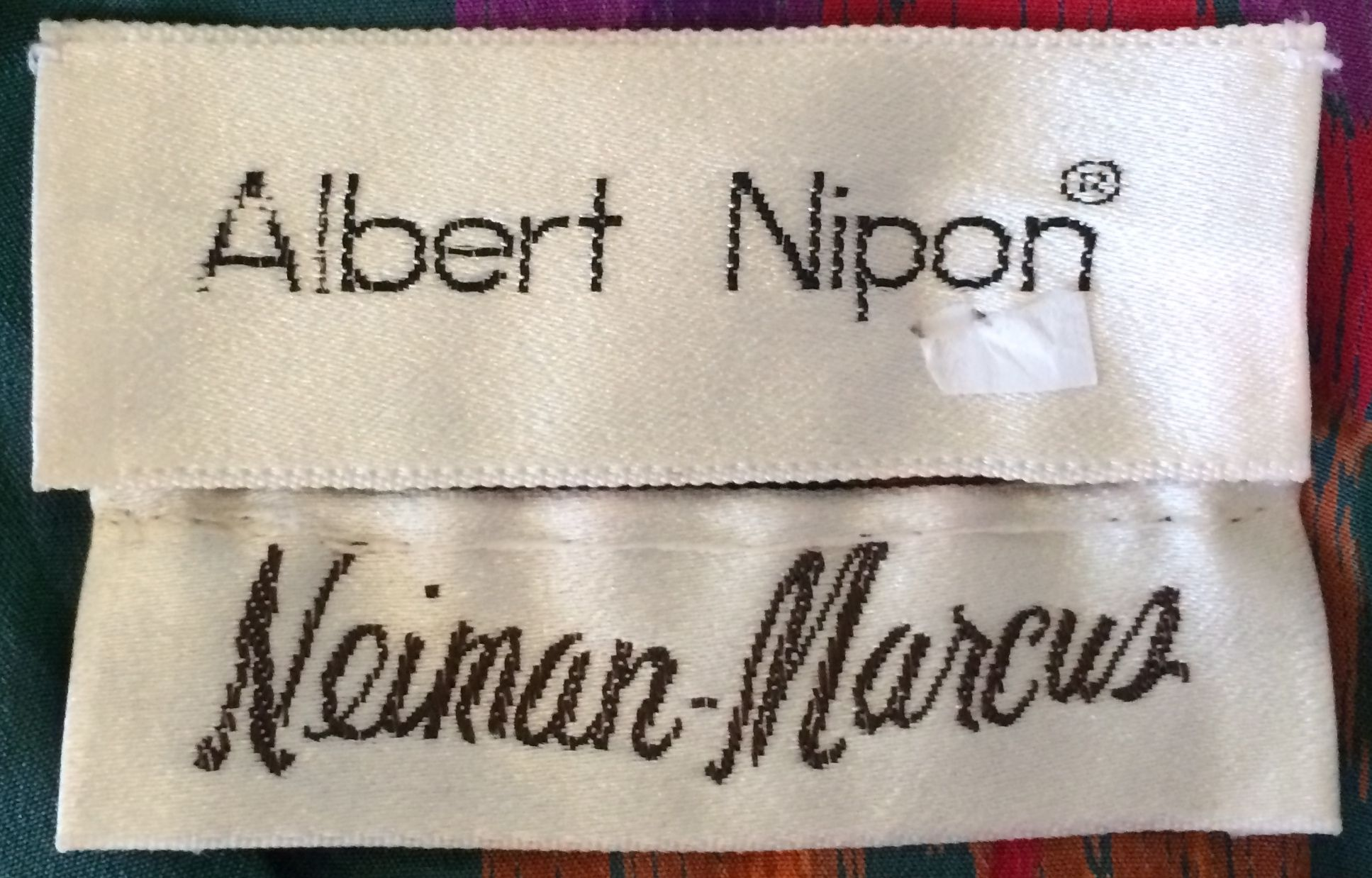 Albert Nipon for Neiman Marcus silk vintage 80′s dress with pockets..