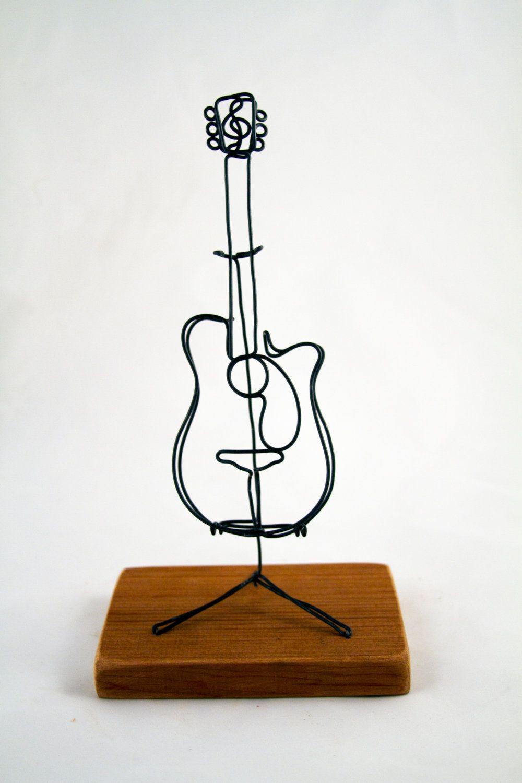 Wire Art Guitar - WIRE Center •