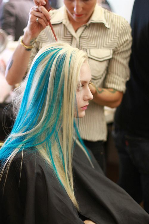 Light Blonde Hair With Streaks Of Turquoise Aqua Marine Teal