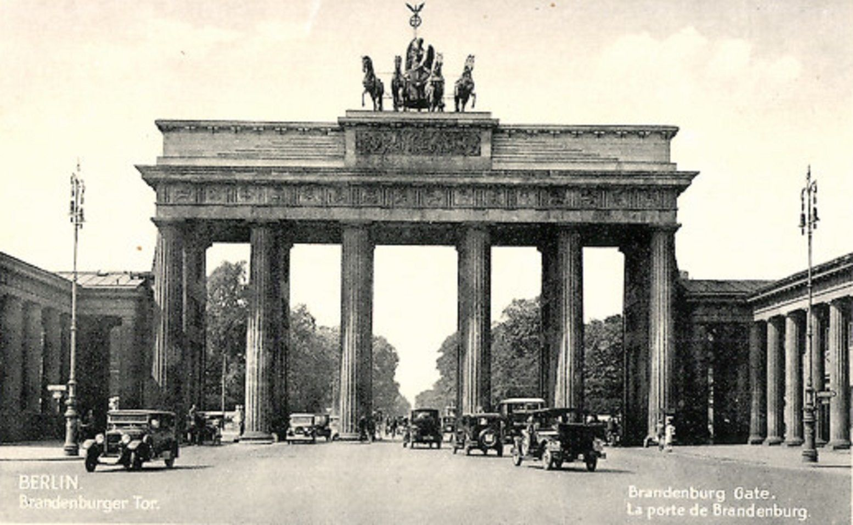 Grosser Tiergarten Grosser Stern Siegessaule Architectura Pro Homine Grosser Tiergarten Brandenburger Tor Berlin Berlin