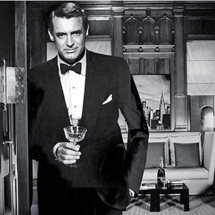 Pin By Anna Fava On Cinema Cary Grant Classic Hollywood Beautiful Men