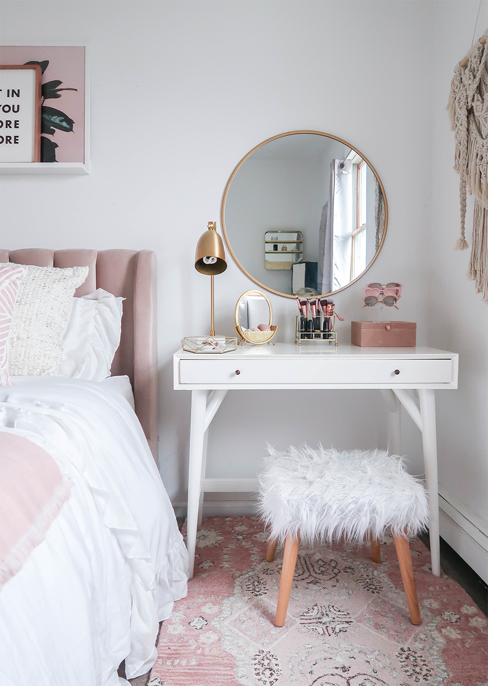 Blush Gold and White Bedroom Ideas