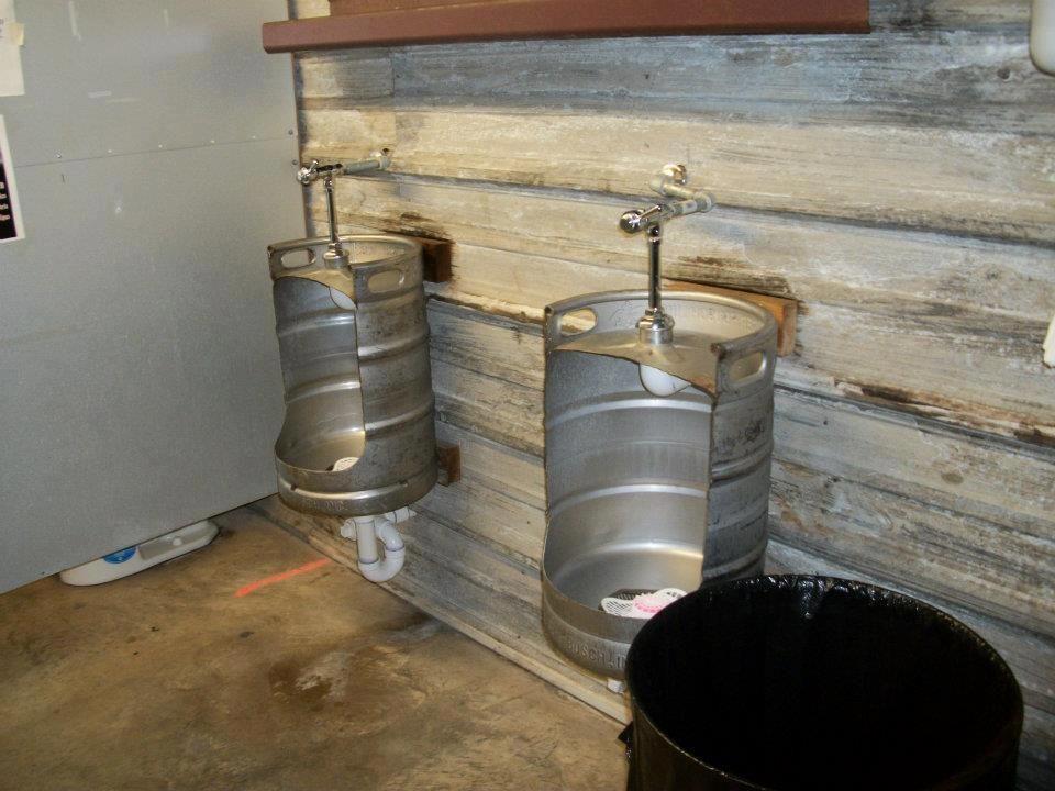 Great Way To Repurpose Kegs Diy Urinals Lol Love It