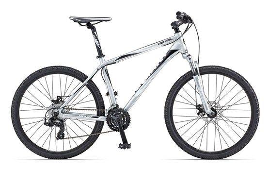 Giant Revel 4 Disc Mountain Bike Front Suspension Hardtail Giant Bikes Bike Mountain Biking