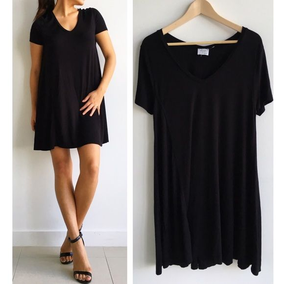 Zara BabyDoll T-Shirt Dress Love this black Zara Trafaluc Dress! Perfect  for any occasion. Wear with heels or flats you can even wear with sneakers. 8921cf790