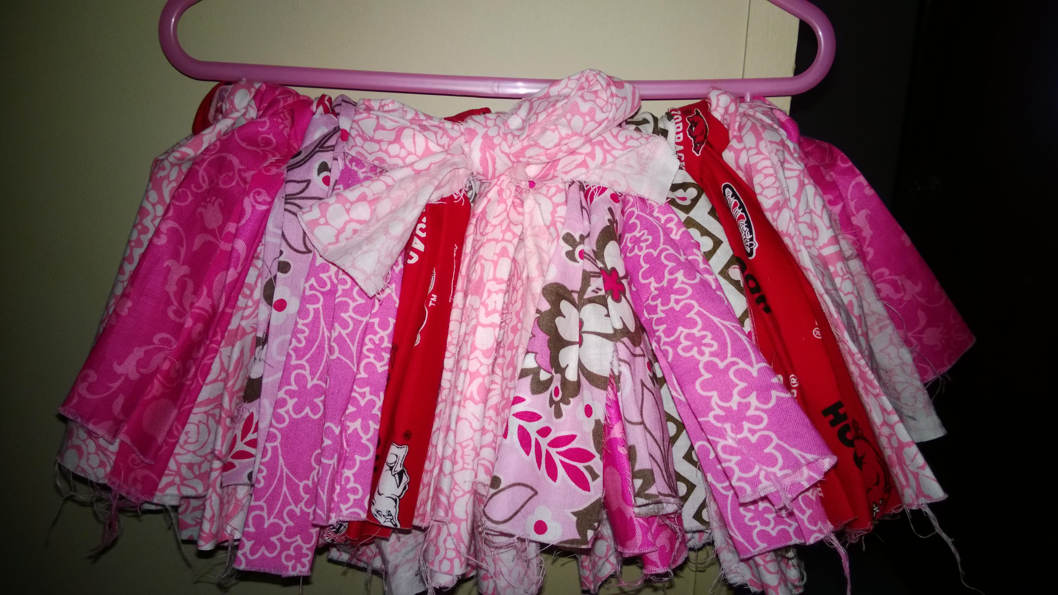 33224367f Fluffy diy rag skirt tutu. All you need is some fat quarters(I think ...