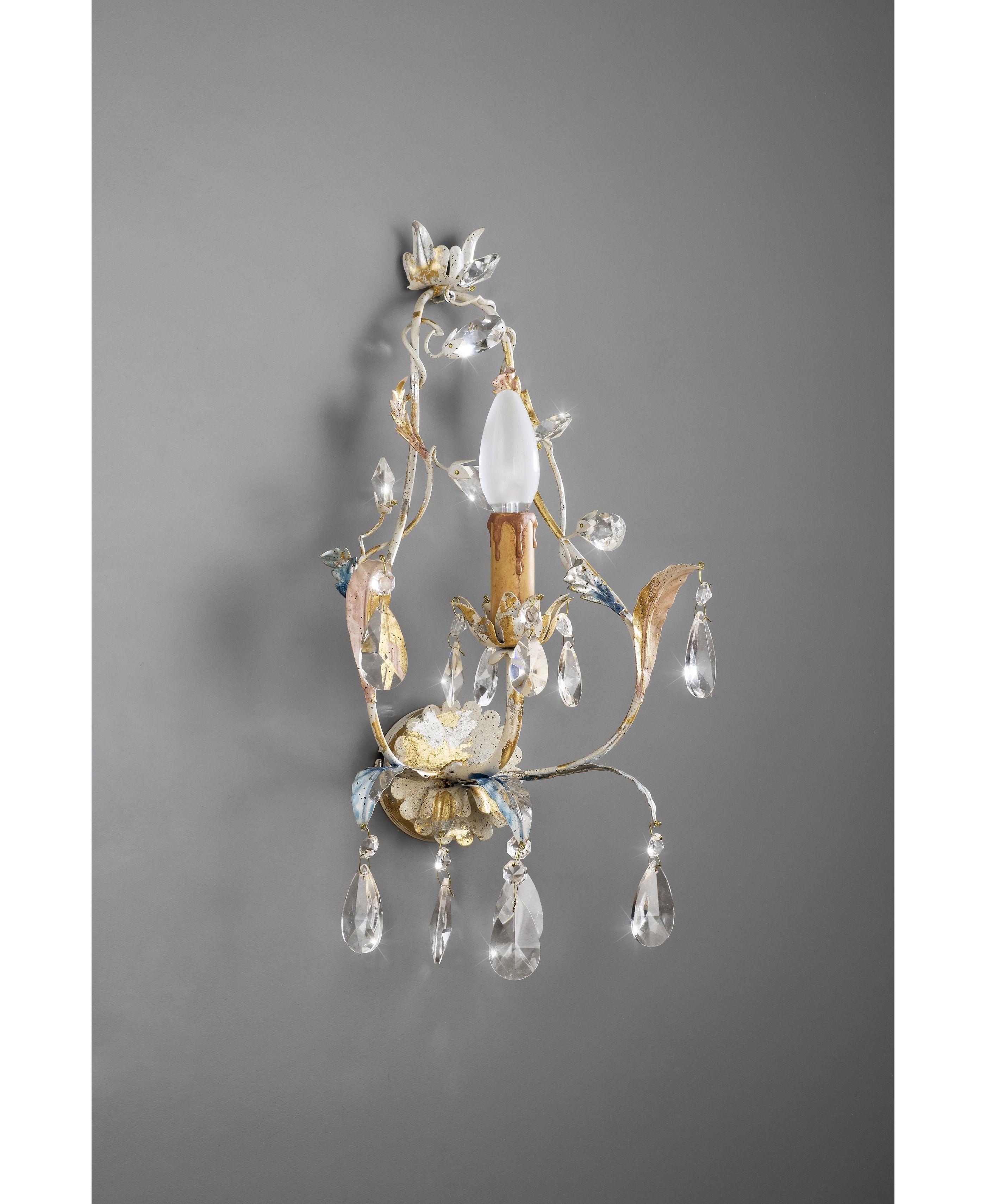 wohnzimmer  kristall lampe wandleuchte kristalle
