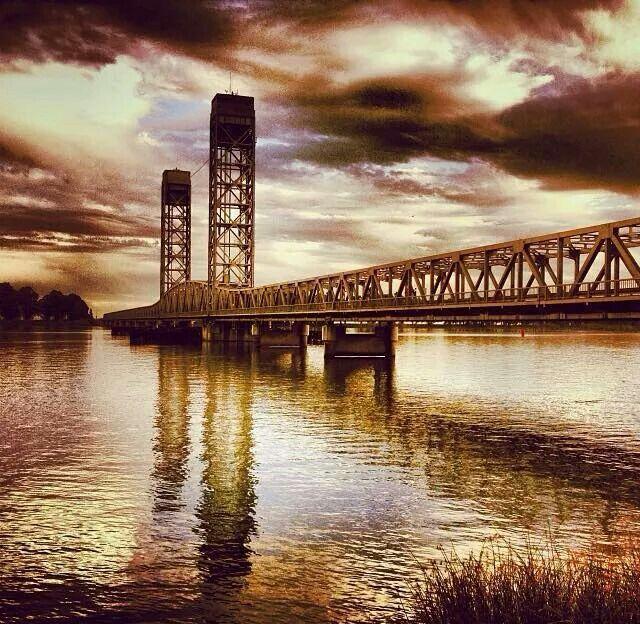 Rio Vista Love Our Delta Bridges Rio Vista Sacramento River River Delta