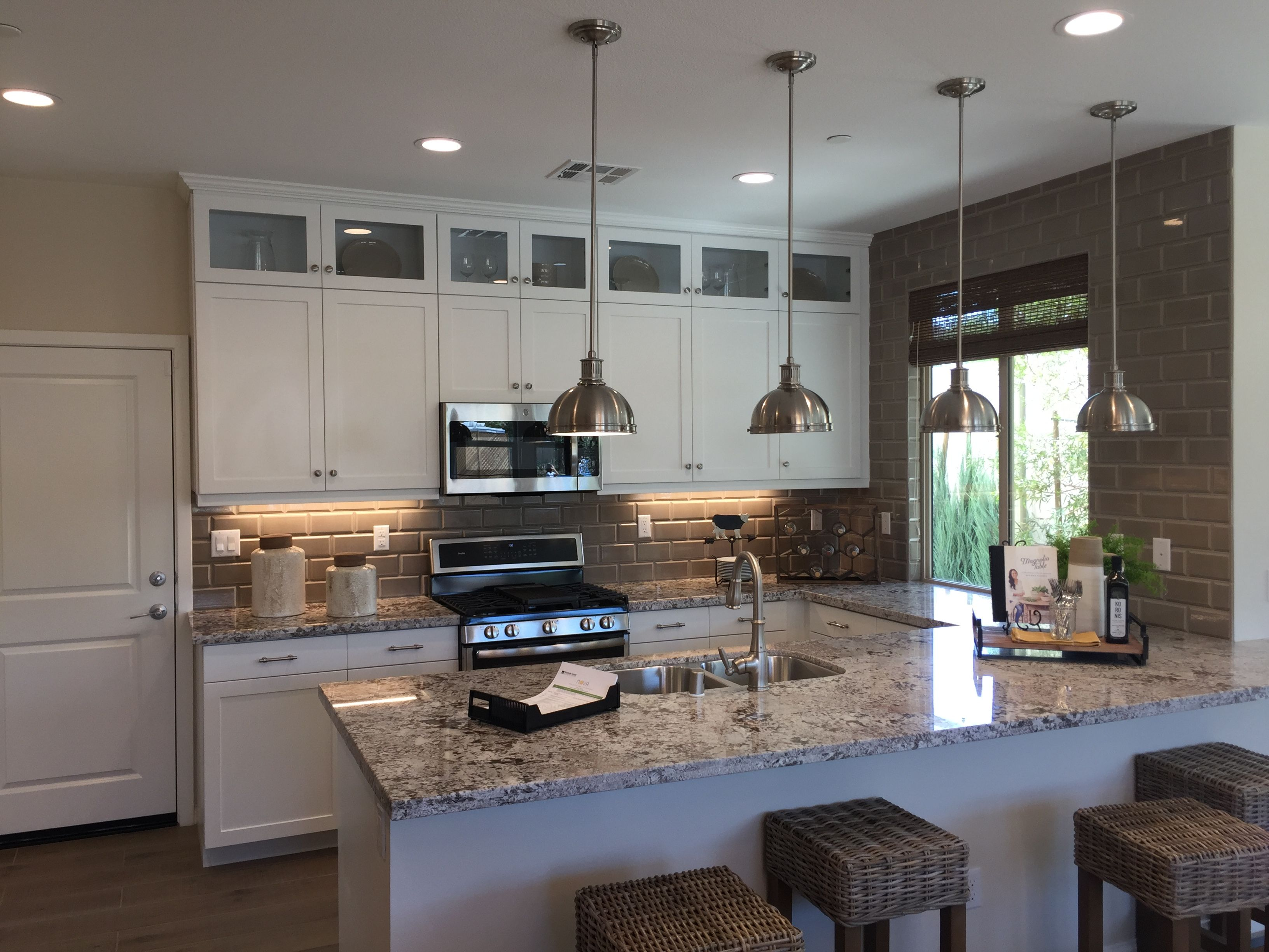 Corona Ca New Homes Nova At Bedford Find Kitchen Design Ideas Woodside Homes New Home Buyer