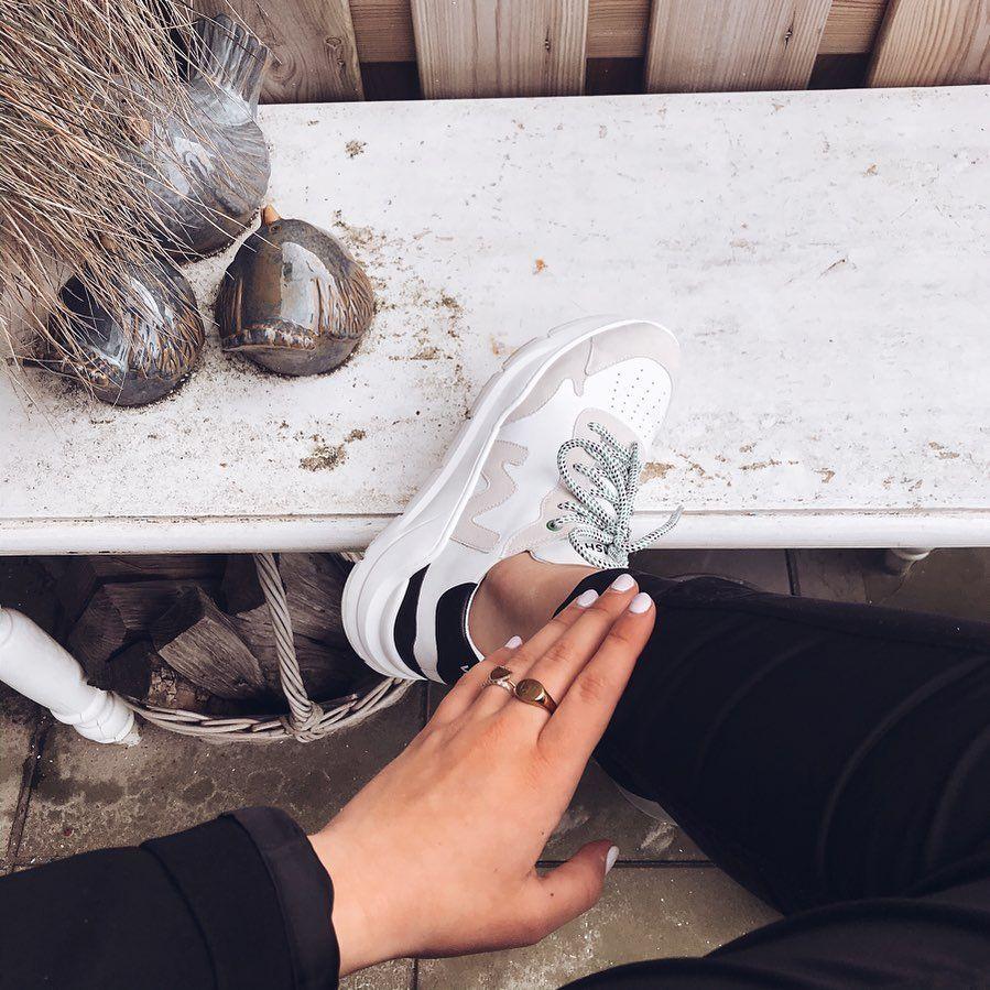 Witte WOMSH Lage sneakers VEGAN Omoda in 2020 | Sneaker