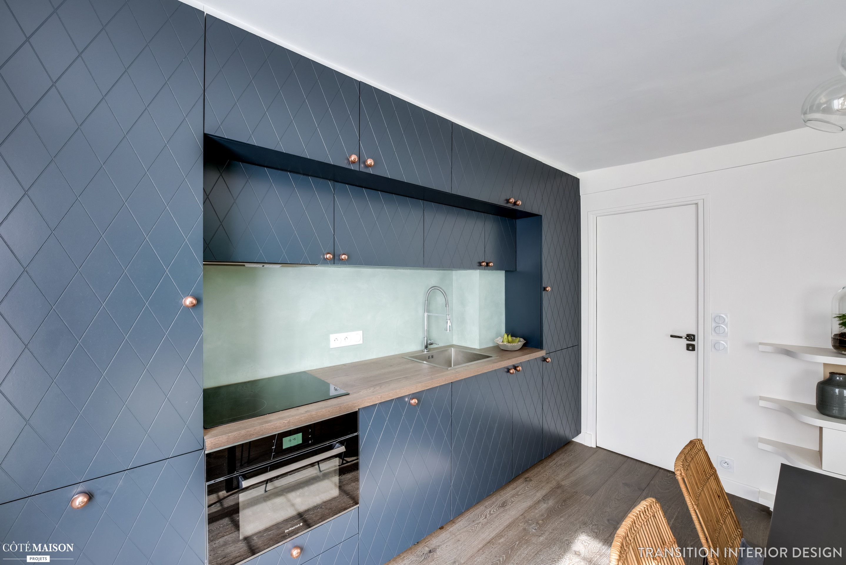 Rénovation pl¨te d un appartement de 49 m2  Paris Transition