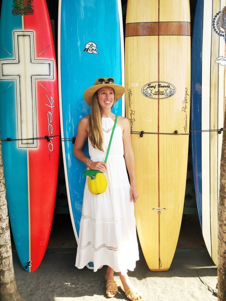 What to Wear in Oahu, Hawaii: 10 Outfit Ideas - Sunshine Style