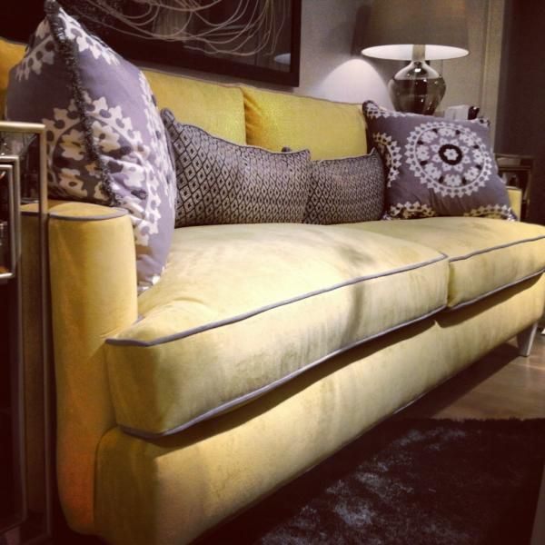Drexel Sofa From #hpmkt Via @Apartment Therapy