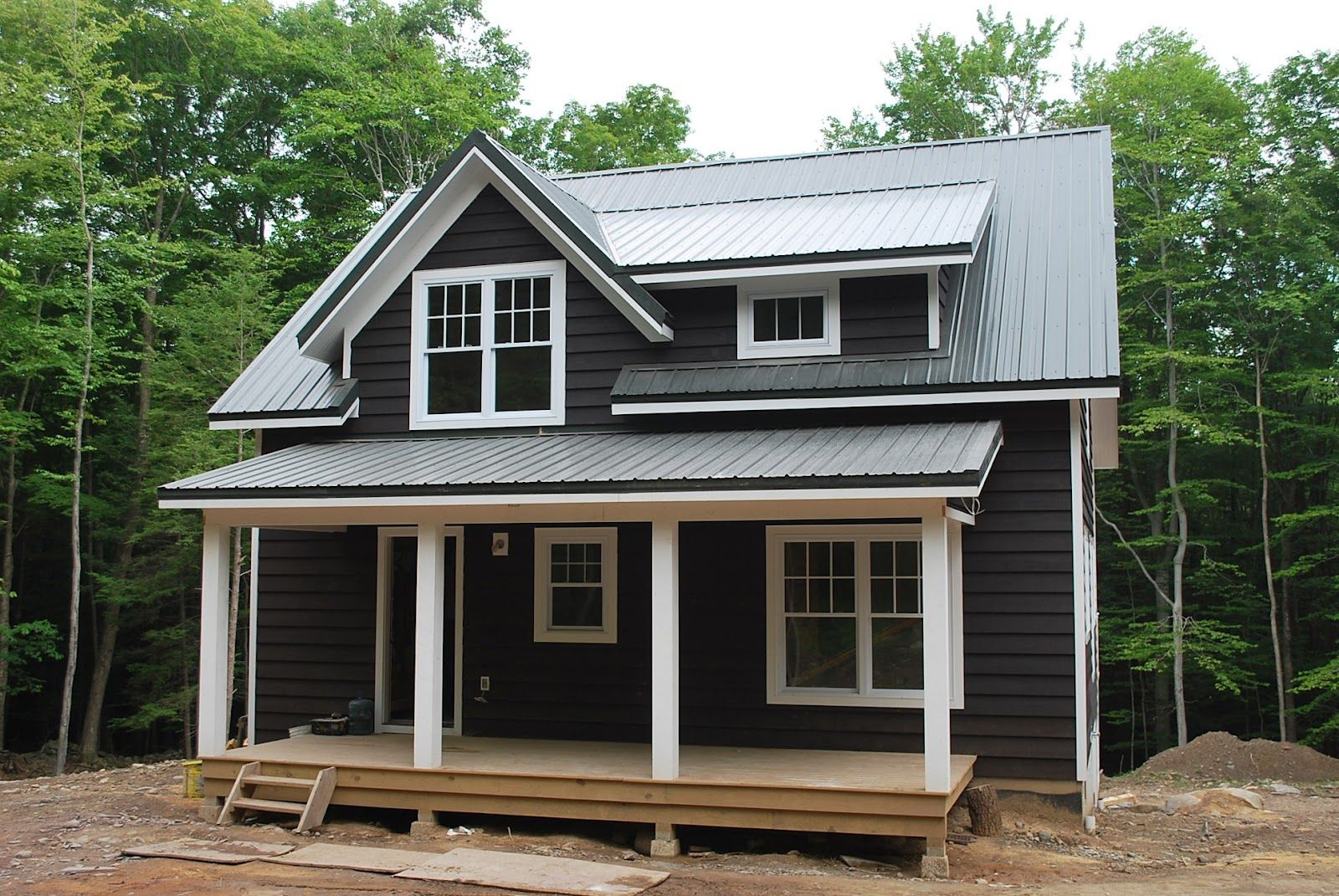 Houses For Sale In Woodstock And Bearsville And Under Construction Modern Tiny House Buy A Tiny House Tiny House On Wheels