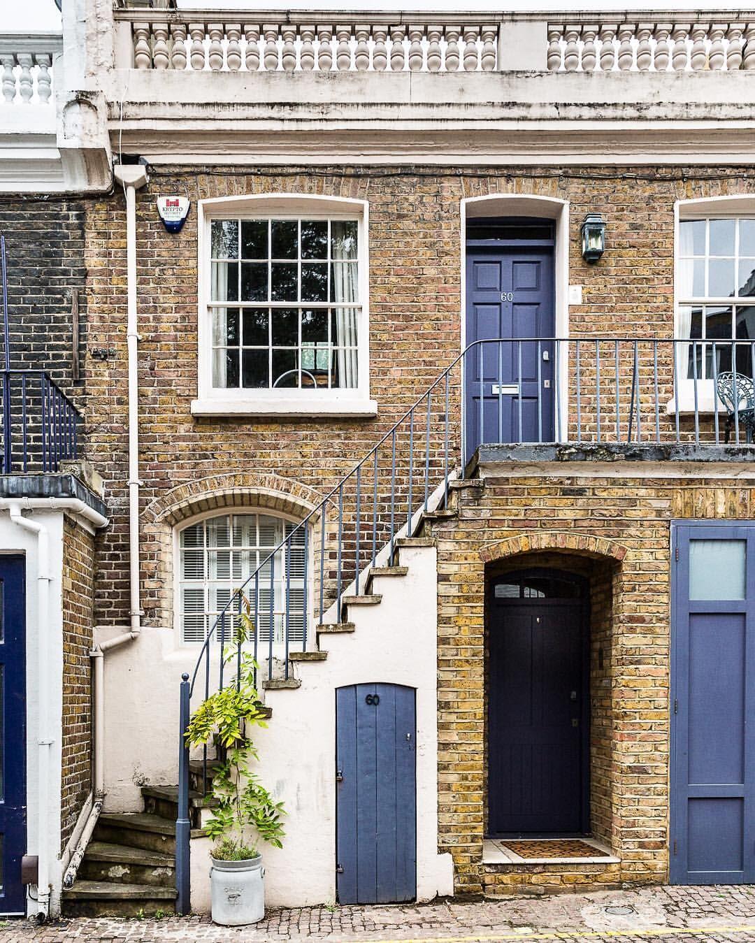 London Apartments Exterior: London House Exterior, London
