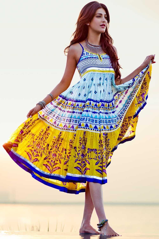 Dynamic Views Sexy And Beautiful Shruti Haasan Wallpapers Free
