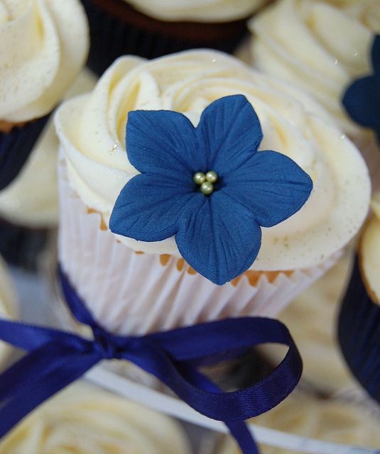Navy And Yellow Wedding Cupcakes By Little Paper Cakes Via Flickr