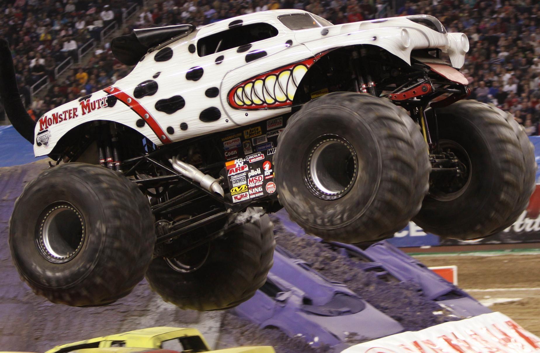Monster Mutt Dalmatian Monster Trucks Big Monster Trucks