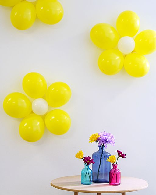 Flower Shaped Balloon Wall Decor Sweet Paul Magazine Balloon Decorations Ballon Decorations Simple Balloon Decoration