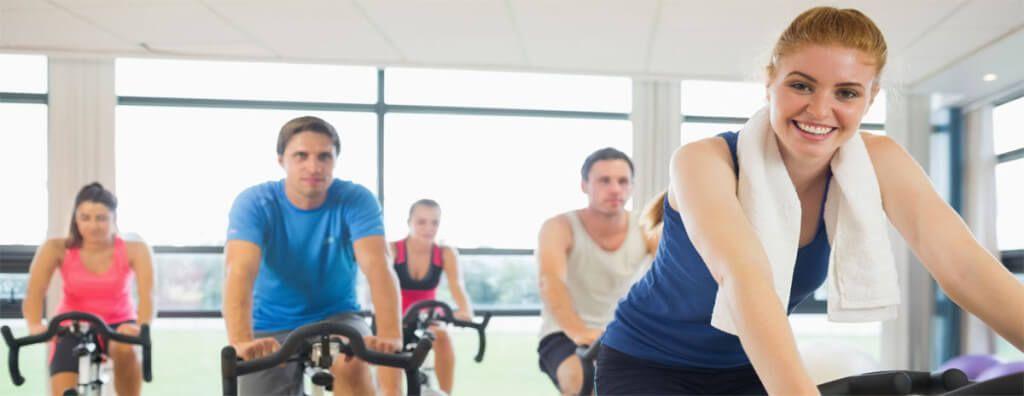 O exercício aeróbico, em particular, é conhecido por trazer benefícios surpreendentes para o corpo, não apenas fisicamente, mas mentalmente também.
