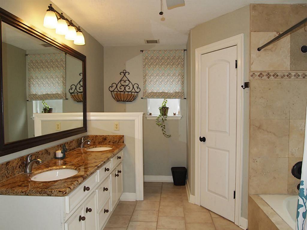 9x9 bathroom shower tub double sink like the layout bathroom rh pinterest ca 9x9 bathroom fan 9x9 bathroom designs