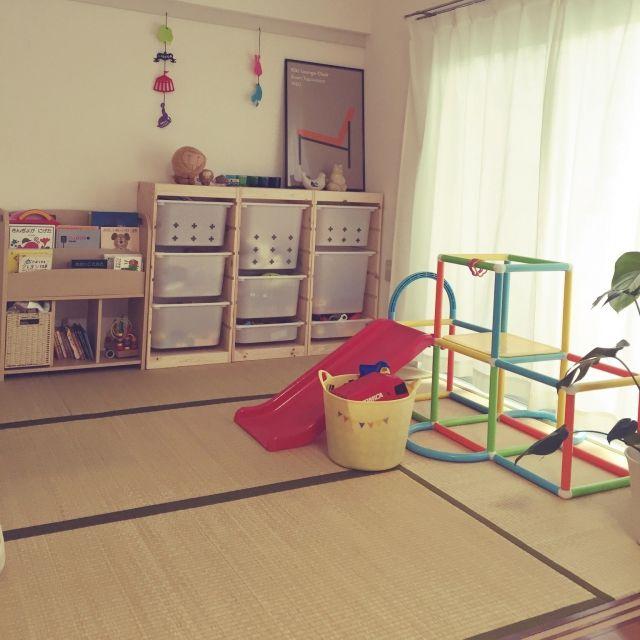 yuusさんの、部屋全体,ぬいぐるみ,ナチュラル,IKEA,子供部屋,和室,おもちゃ,北欧,イッタラ,Iittala,リサラーソン,ジャングルジム,賃貸,おもちゃ収納,トロファスト,キッズスペース,絵本棚,kivi,こどもと暮らす。,のお部屋写真