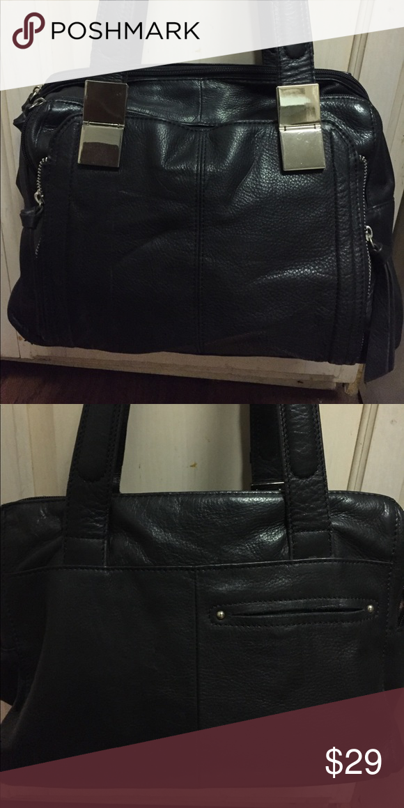 B Makowsky leather handbag9x13 Black supple leather handbag3 separate zip compartments signature initial lined, B Makowsky Bags Satchels