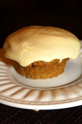 spice cupcake with caramel cream cheese