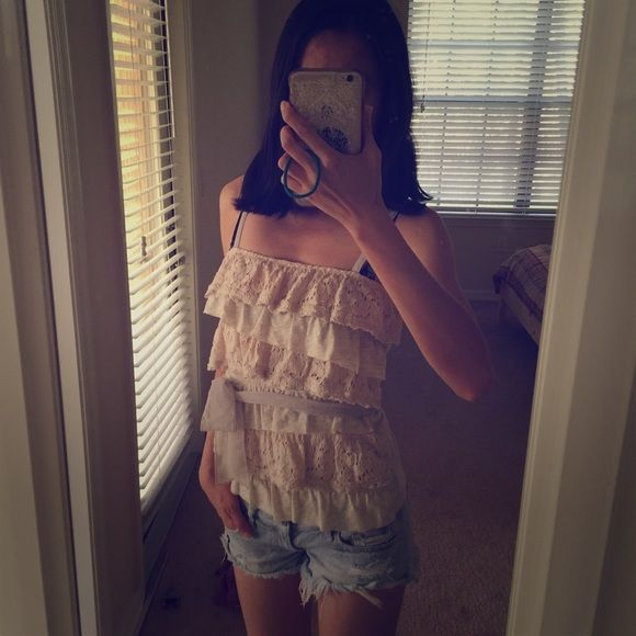 A&F Lace Bow Tank Like new condition! Chiffon bow tie on the waist. Like nude lace with light heather grey ruffles. Cotton lining. Super comfy! Slightly stretch. Fit XS. Abercrombie & Fitch Tops Tank Tops