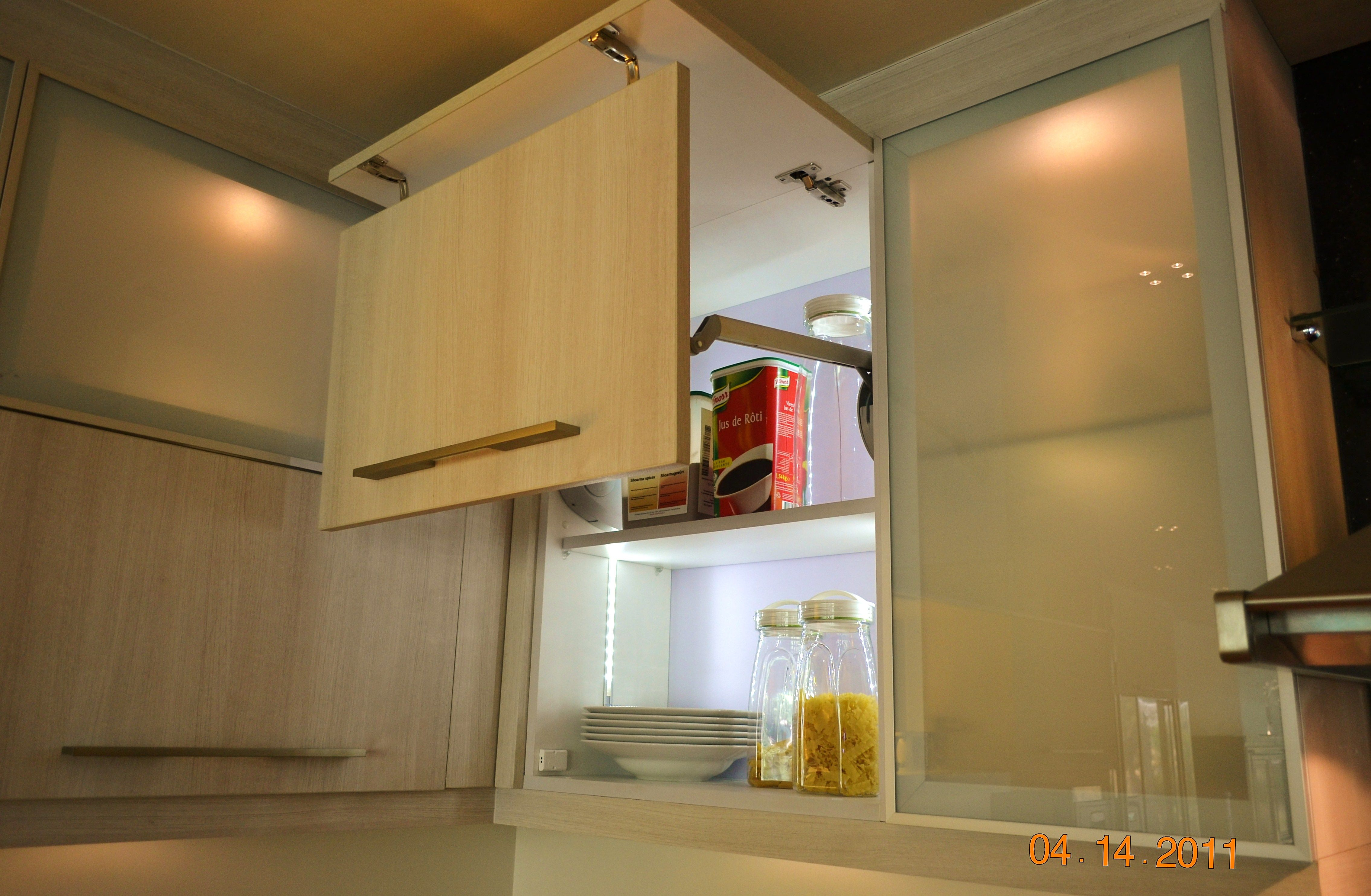 Kitchen Cabinets Double Lift up Mechanism with Glass Door and