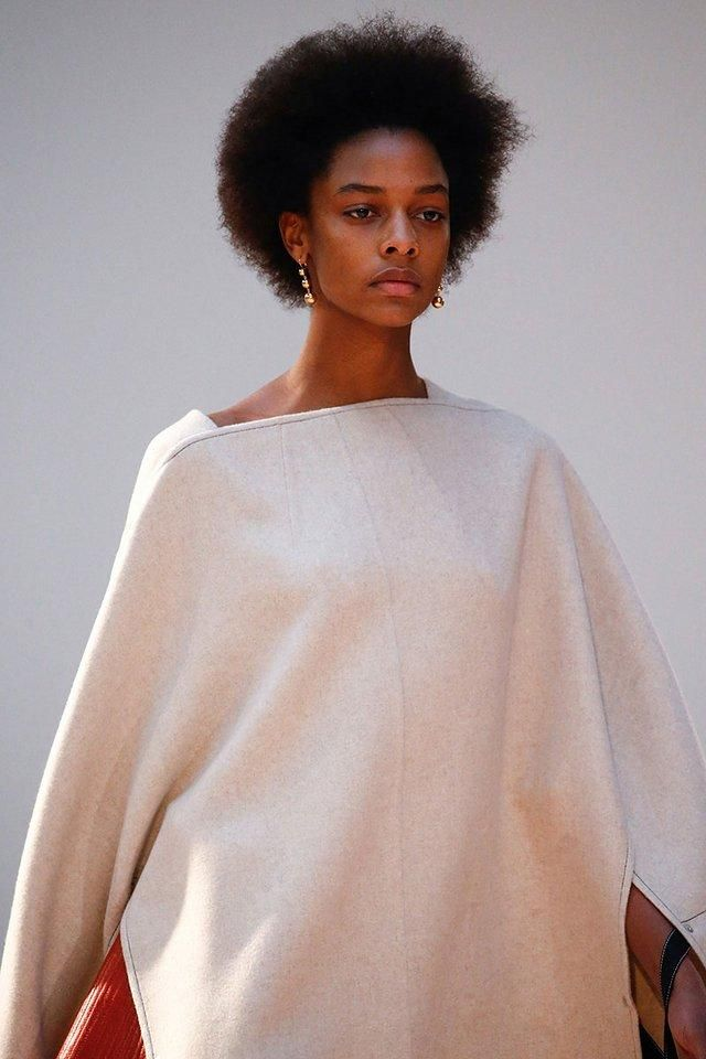 At the fall 2015 Céline shows, models walked the runway with natural hair and makeup