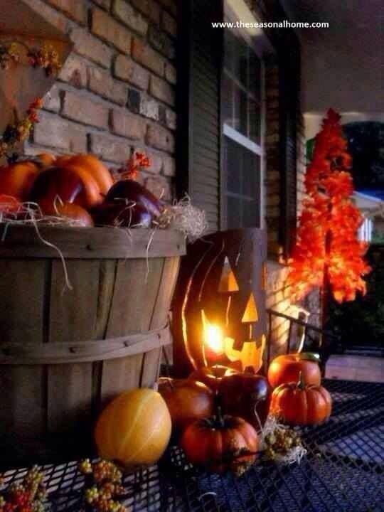 bushel basket #fall #porch #decor #spookybasketideas