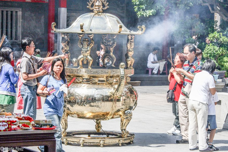 Taoist Temple - Taipei, TAIWAN by Martín Pérez, via 500px