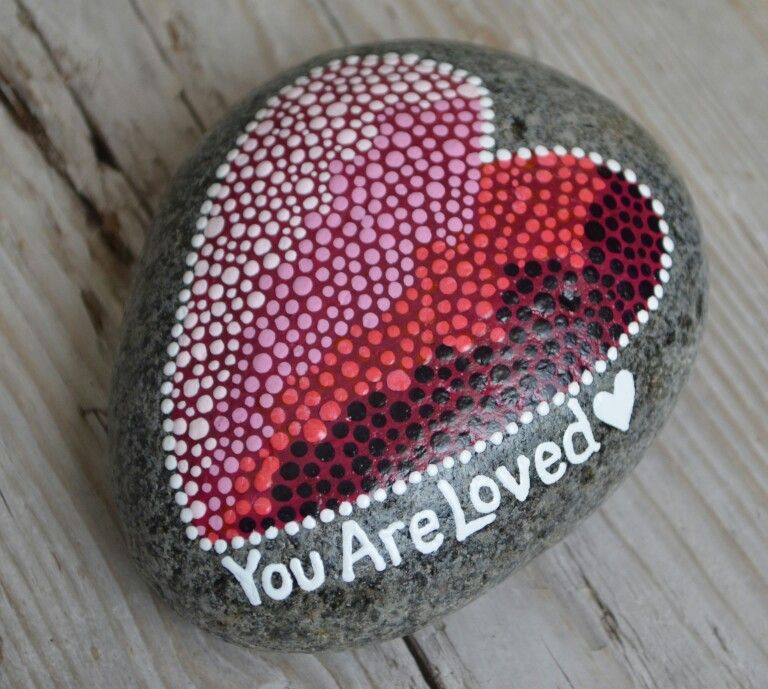 etsy.com/shop/BeachMemoriesByJools , painted rock, painted stones, heart art…