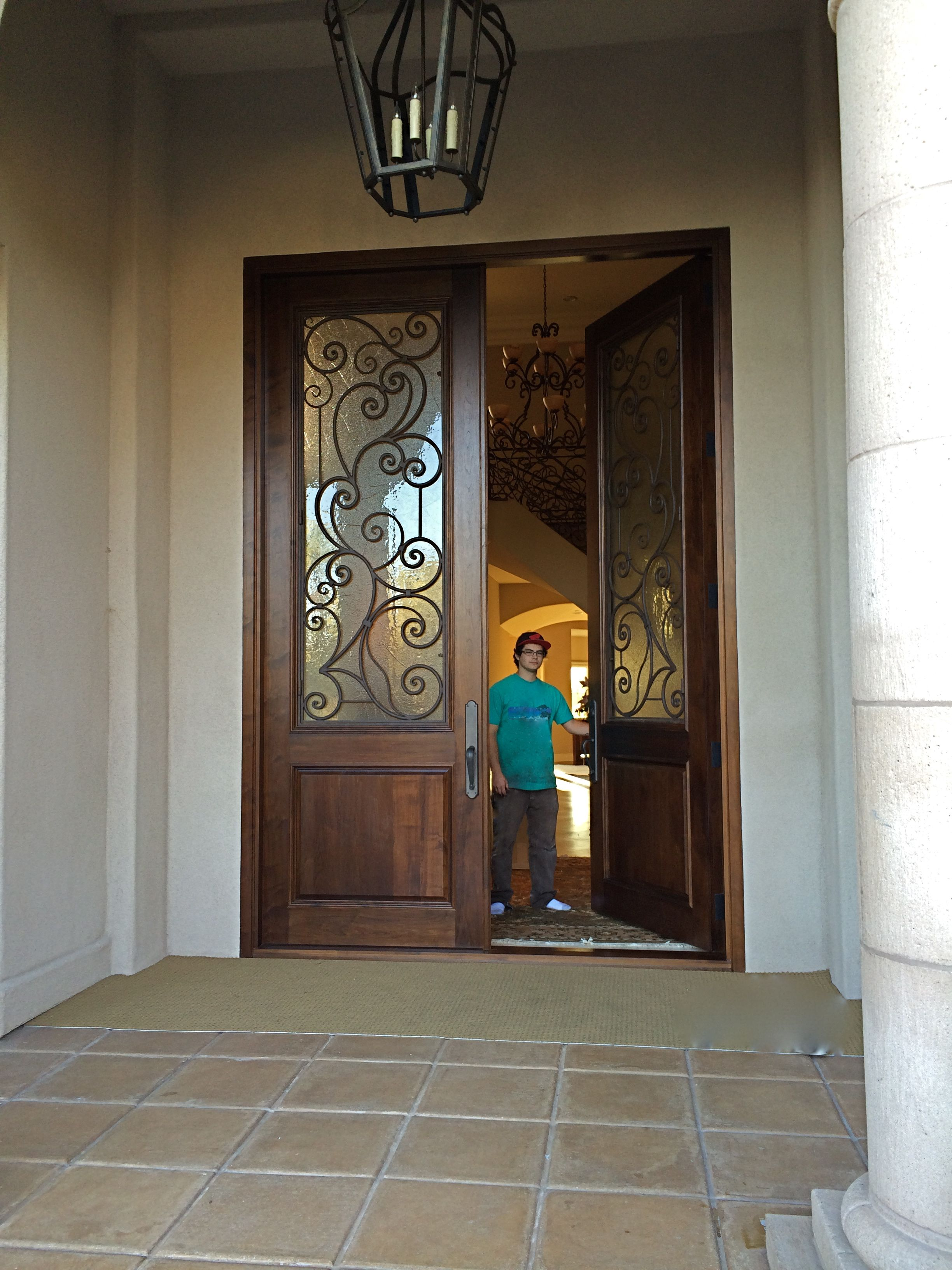 how to change an entry door
