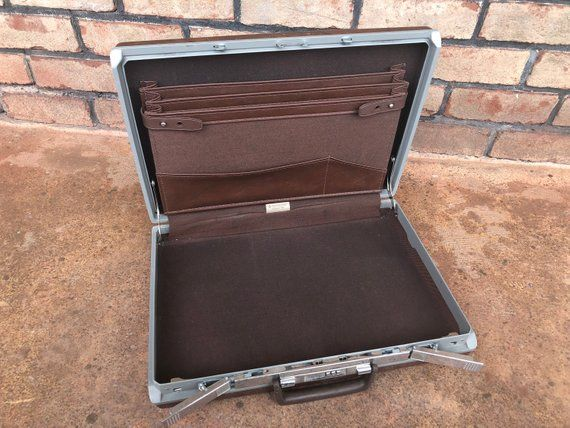 new design top quality 100% genuine Vintage Samsonite Classic 100 Briefcase, Hard Shell ...