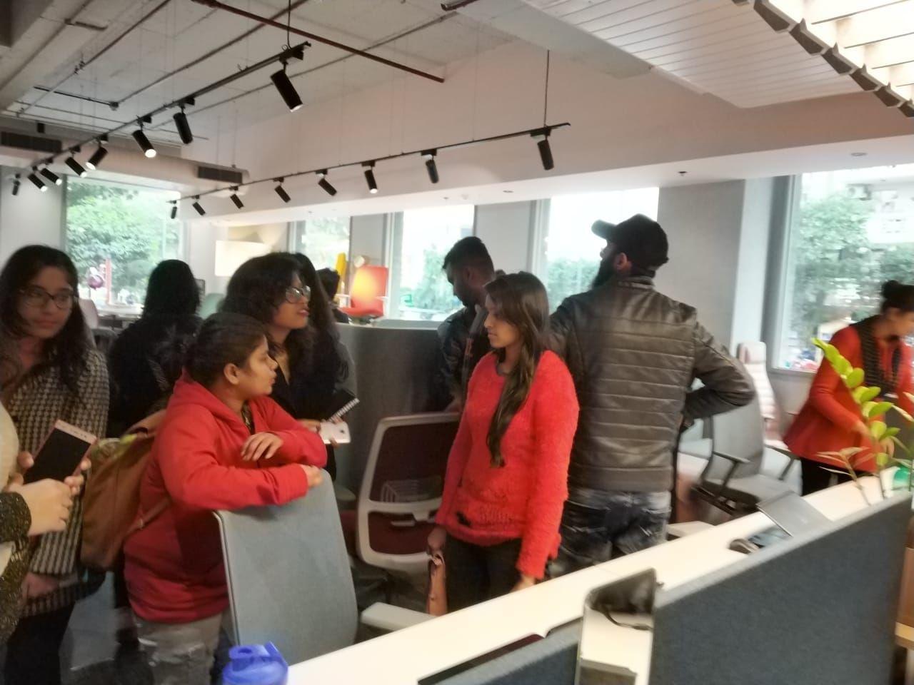 Students Of Ivs School Of Design Noida Went For Visit Of Haworth Showroom Ivs Creativ Interior Design Colleges Interior Design Institute Interior Design