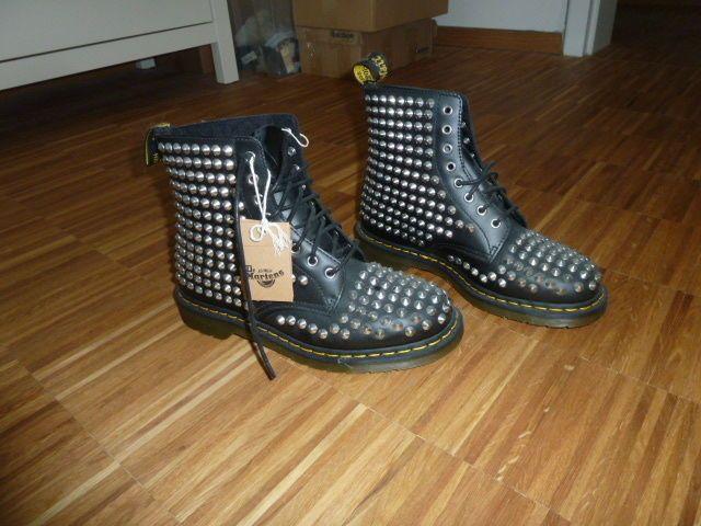 new arrive look for sells DR. MARTENS Leder Boots Stiefel Gr. 42 schwarz silber NIETEN ...