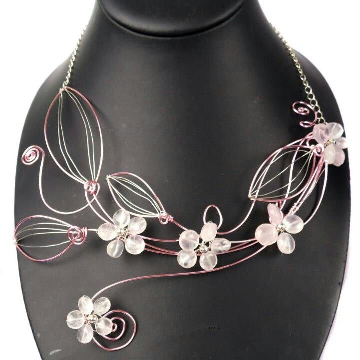 Great wirework necklace