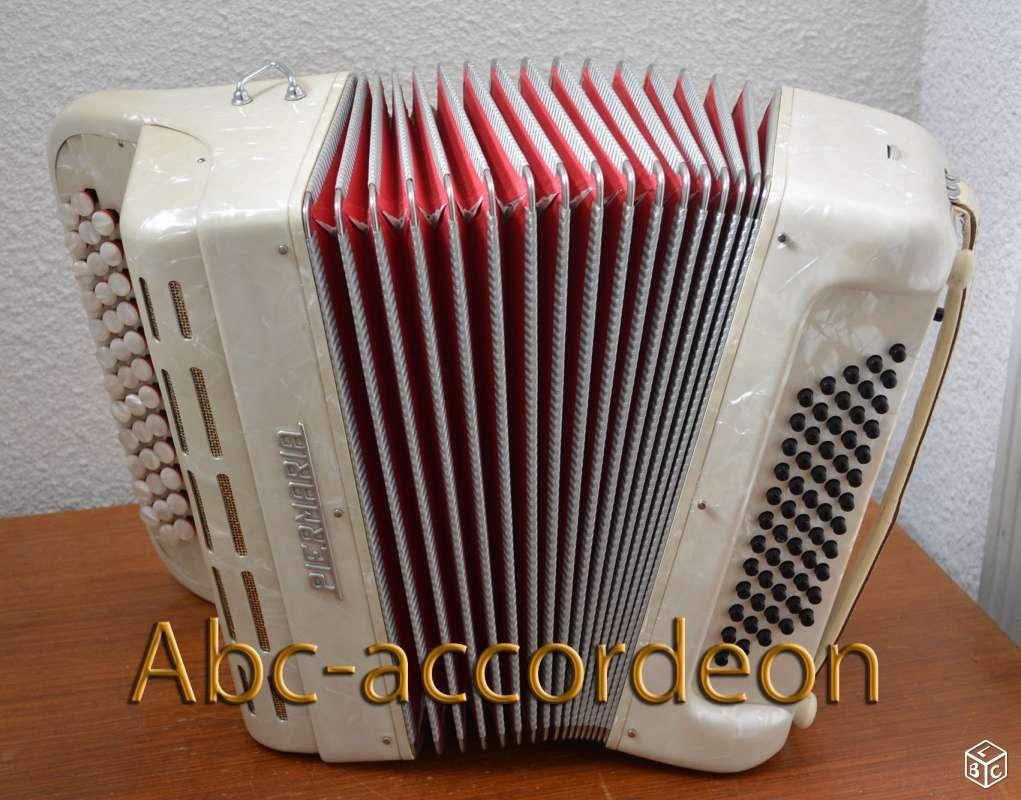 Petit accordéon Piermaria 60 basses 5kg Instruments de musique Allier - leboncoin.fr