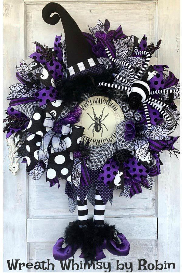 2018 August Wreath Creations from the Trendy Tree Custom Designer