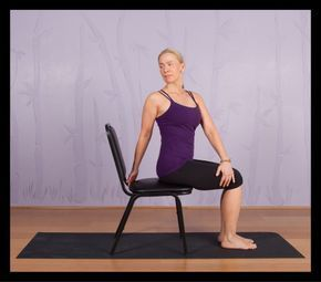 top chair yoga poses for seniors  träning  yoga