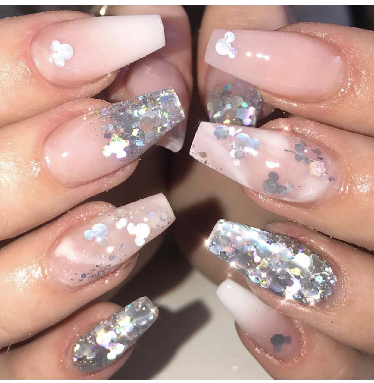Mickey Mouse Shaped Glitter Nails In 2020 Disney Acrylic Nails Mickey Nails Acrylic Nails Coffin Glitter