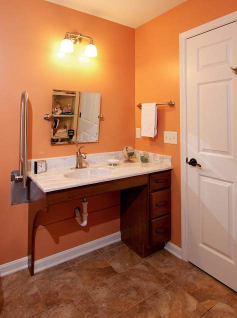 W c accessible bathroom by bauscher construction of for Pictures of handicap bathrooms