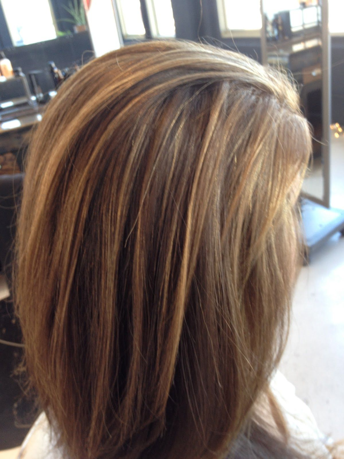 This Is How I Want My Hair With But The Blonde To Be More Golden Brown Hair Highlights And Lowlights Brown Hair With Highlights Hair Styles